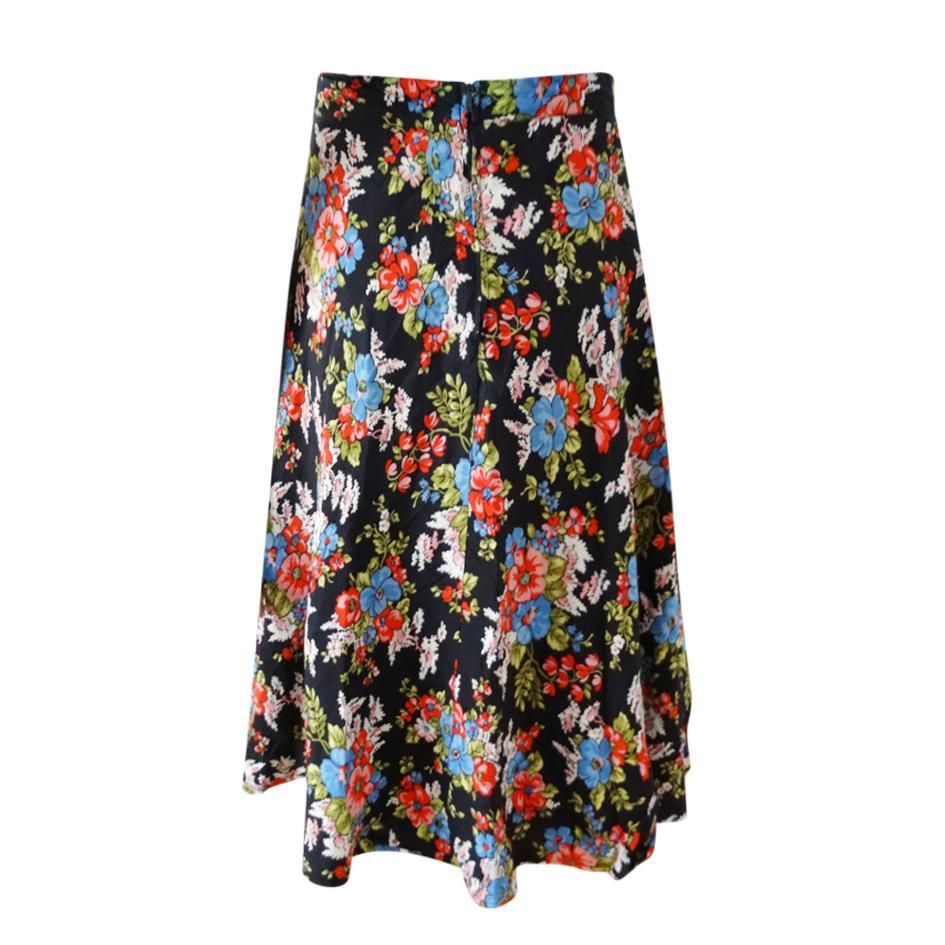 Jupes - Jupe noire fleurie