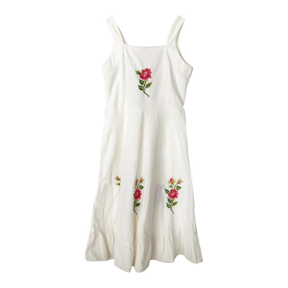 Robes - Robe brodée de roses
