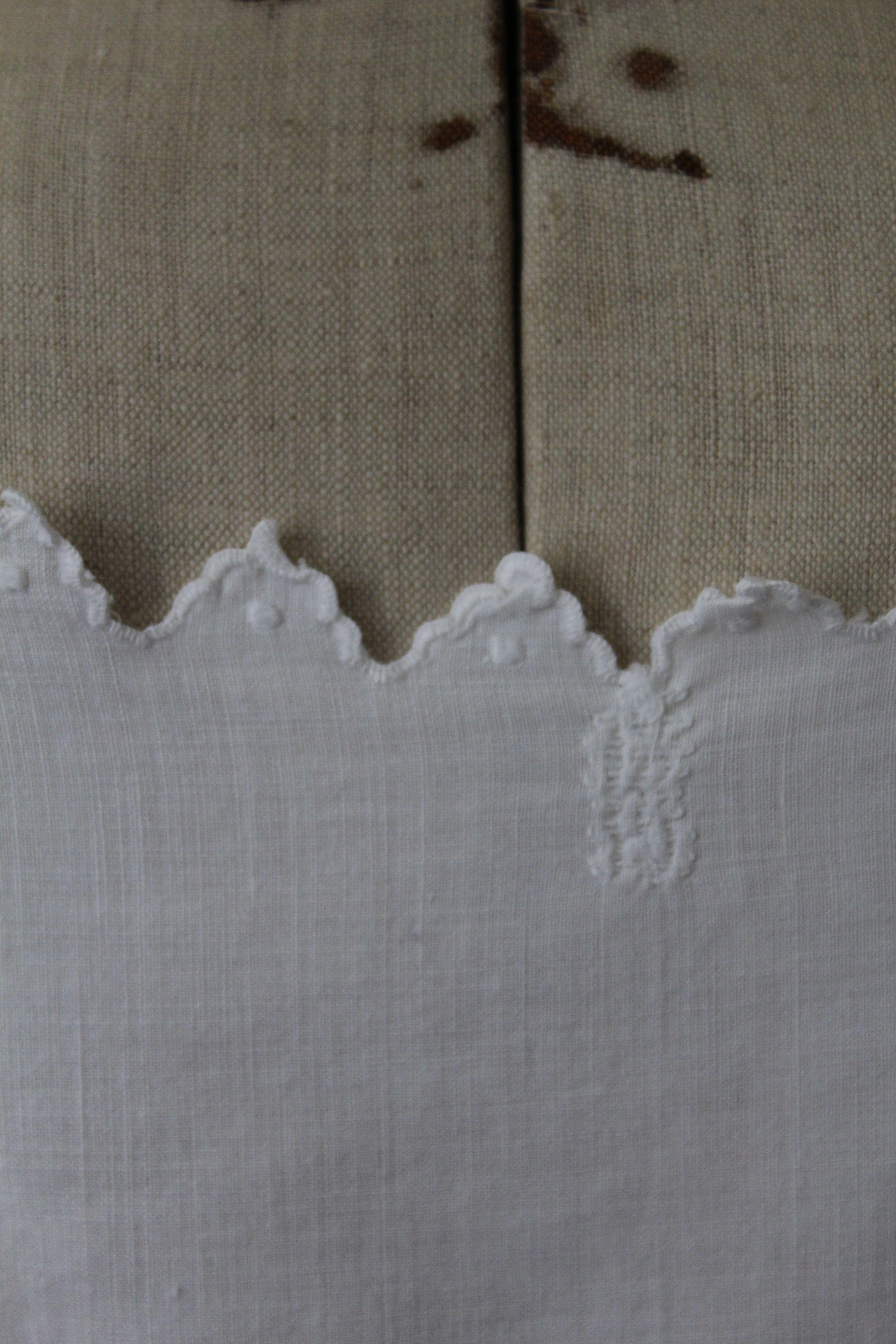 Tops - Top camisole brodé