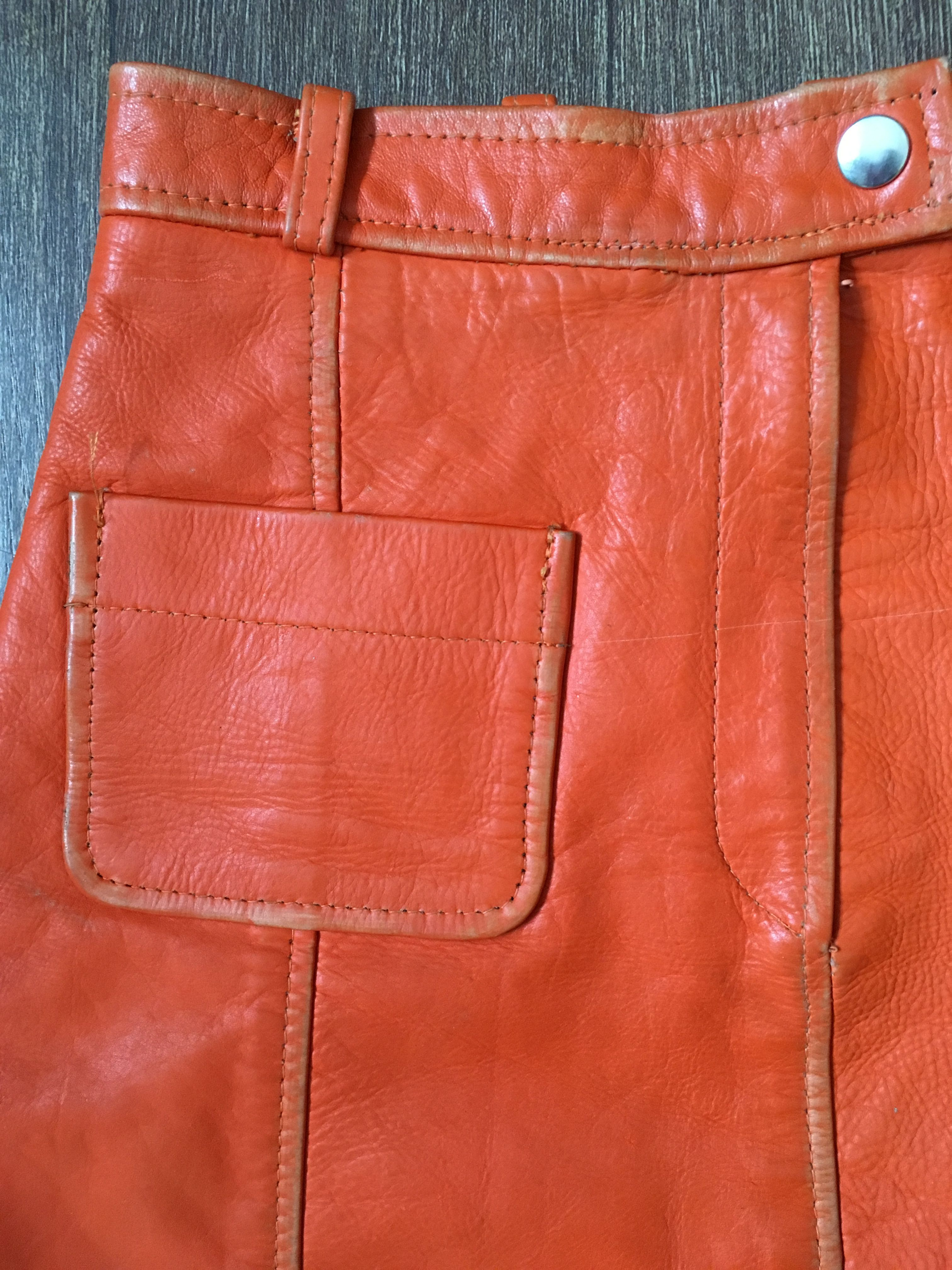 Jupes - Mini jupe en cuir