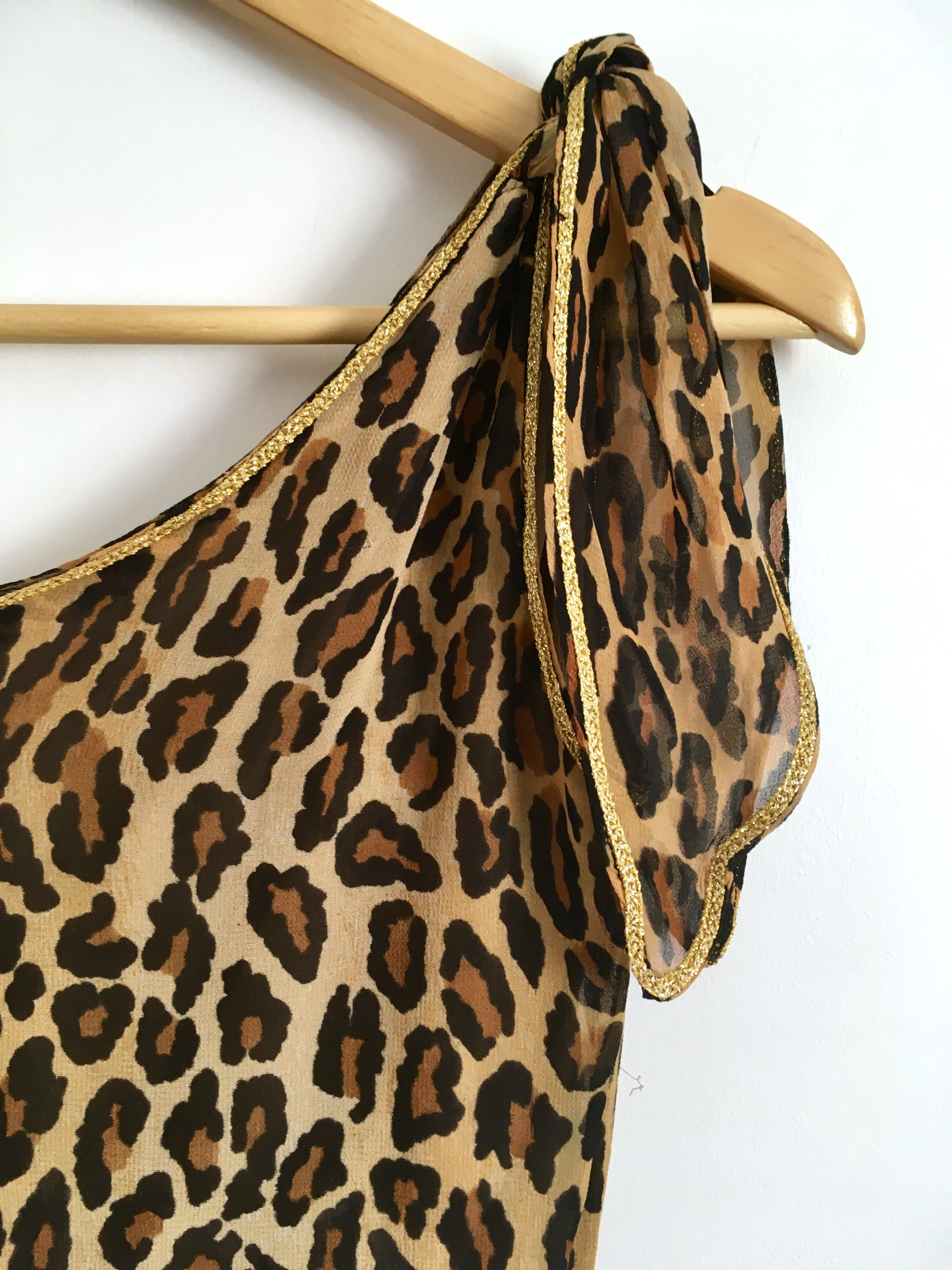 Robes - Robe léopard asymétrique