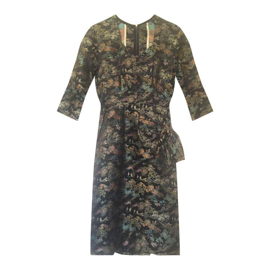 Robe sarong