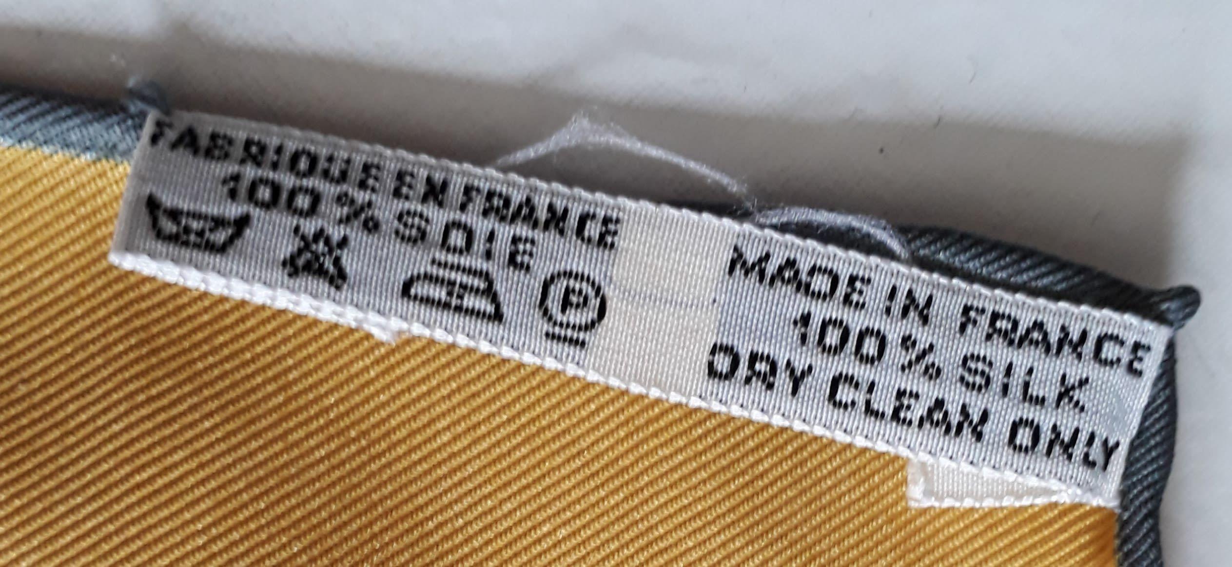 Accessoires - Carré de soie Hermès
