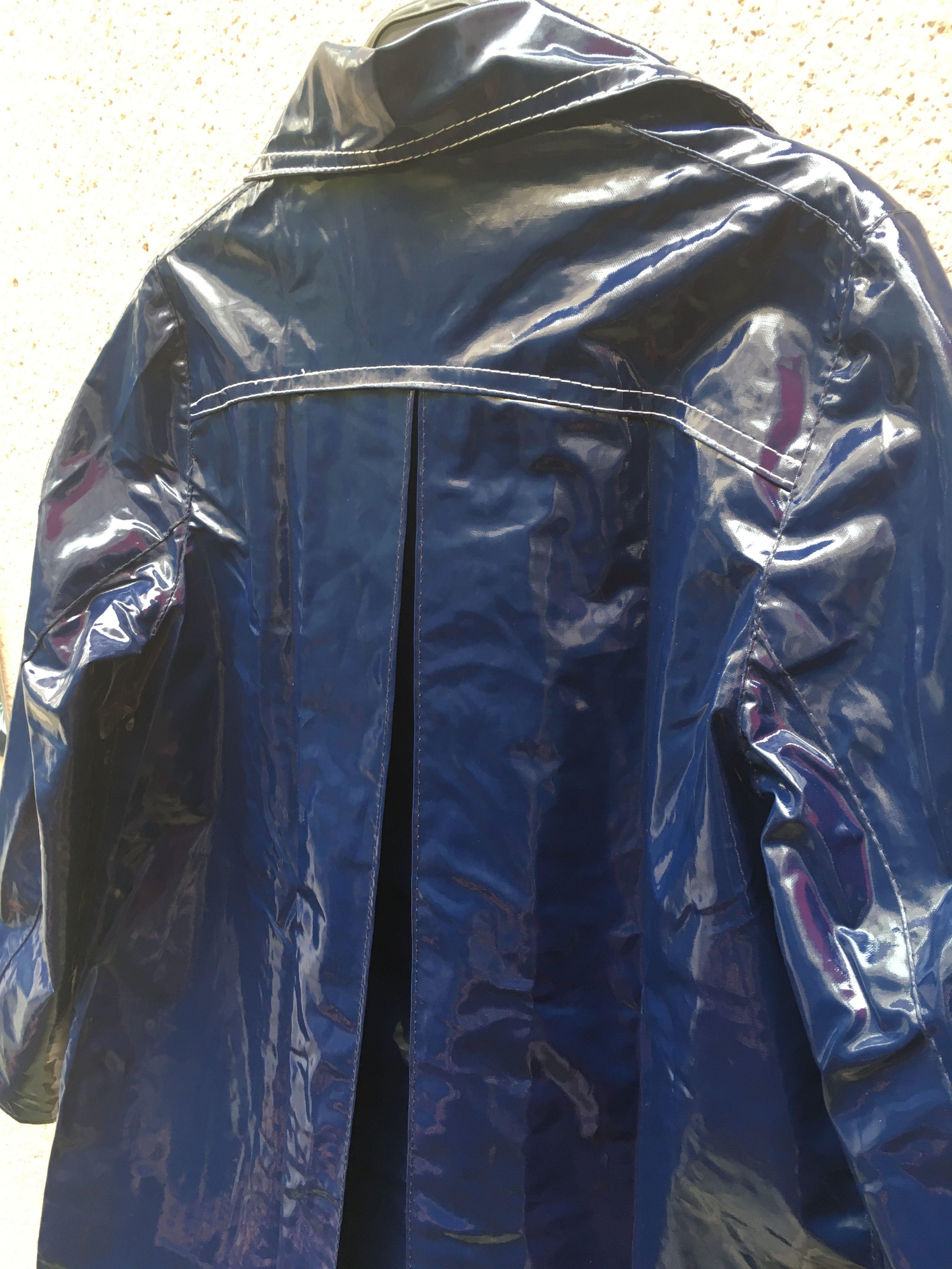 Manteaux - Veste en vinyle