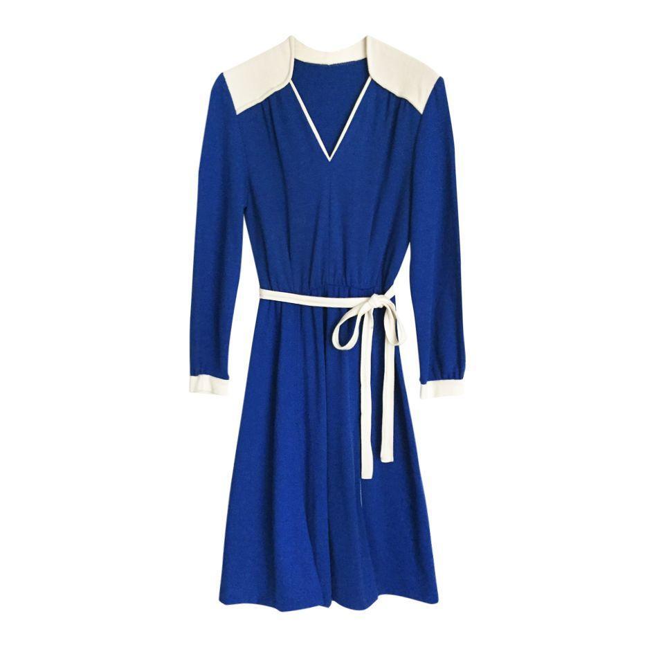 Robes - Robe ceinturée