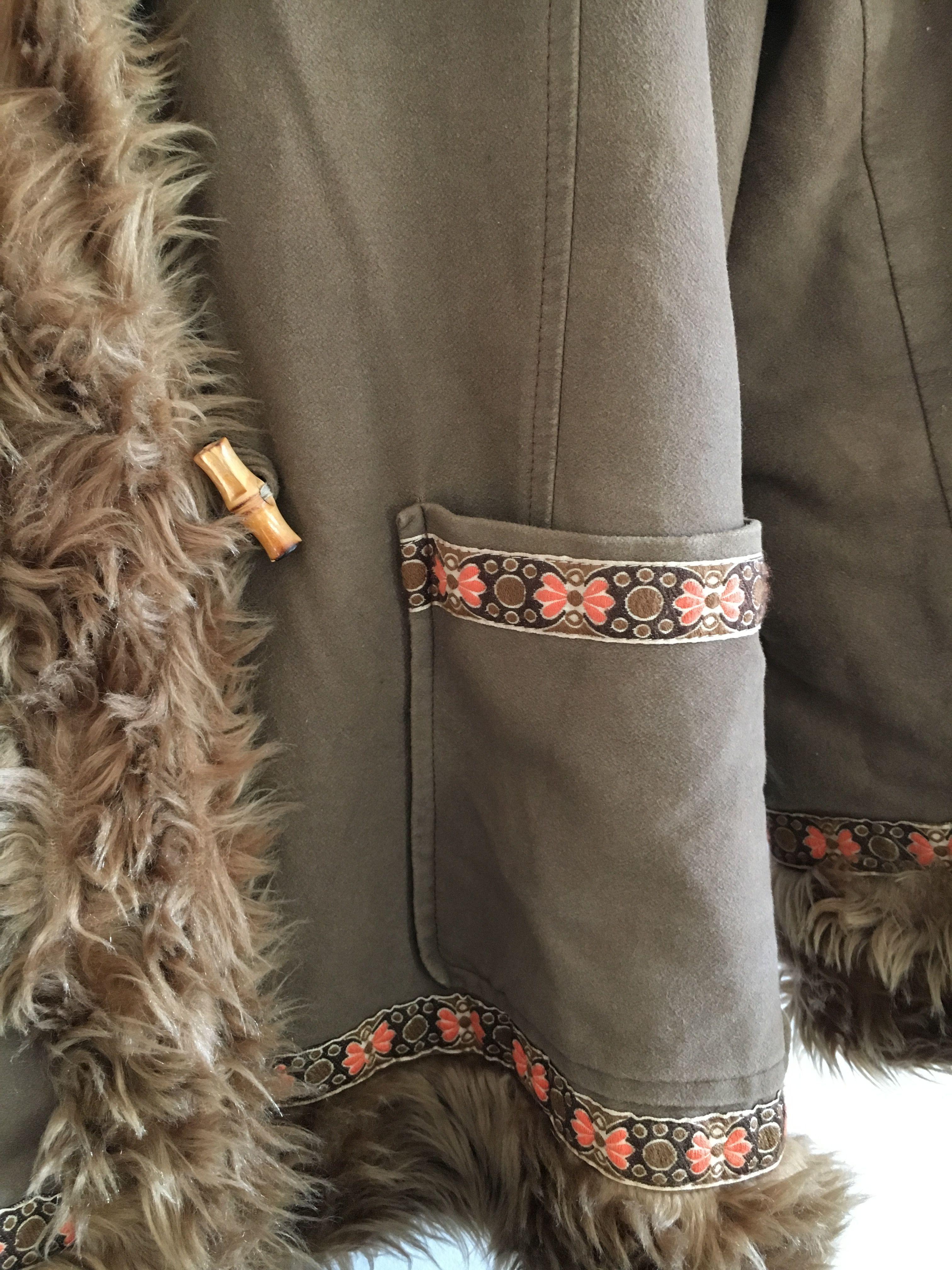 Manteaux - Veste imitation peau lainée