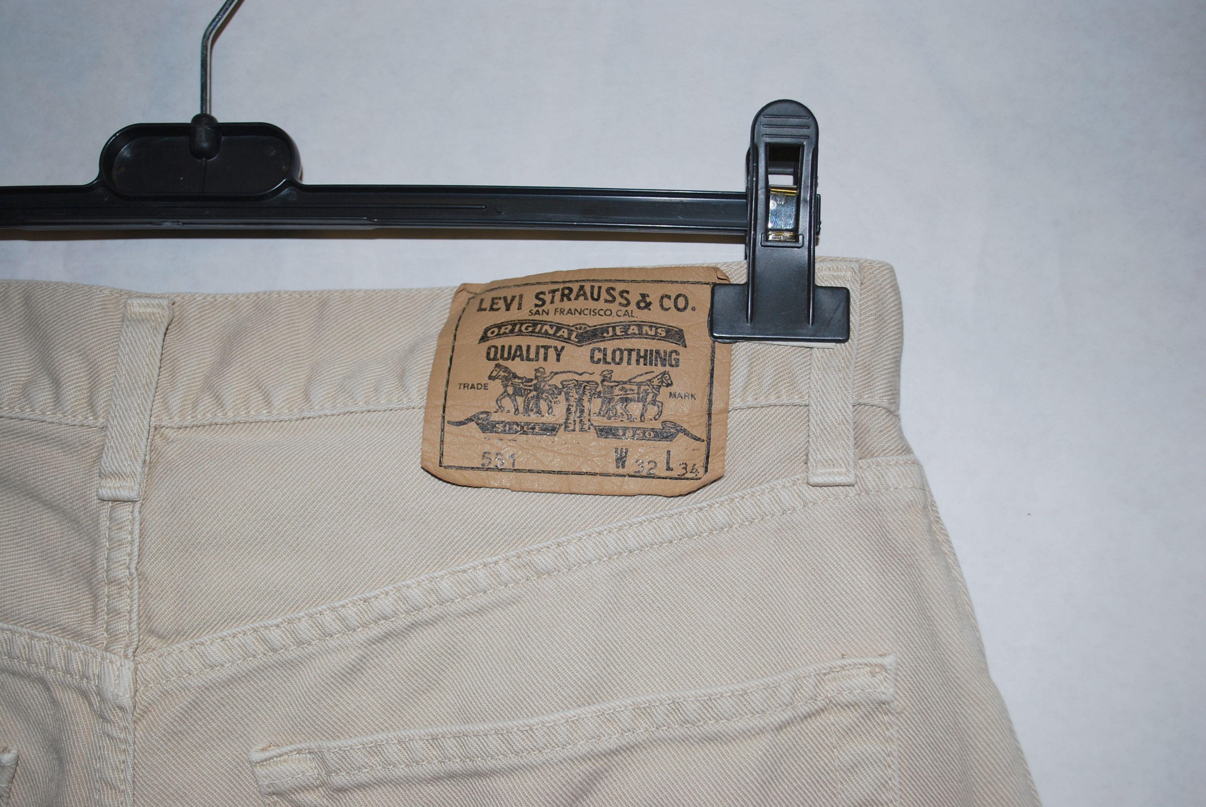 Pantalons - Jean Levi;s 551 W32L34