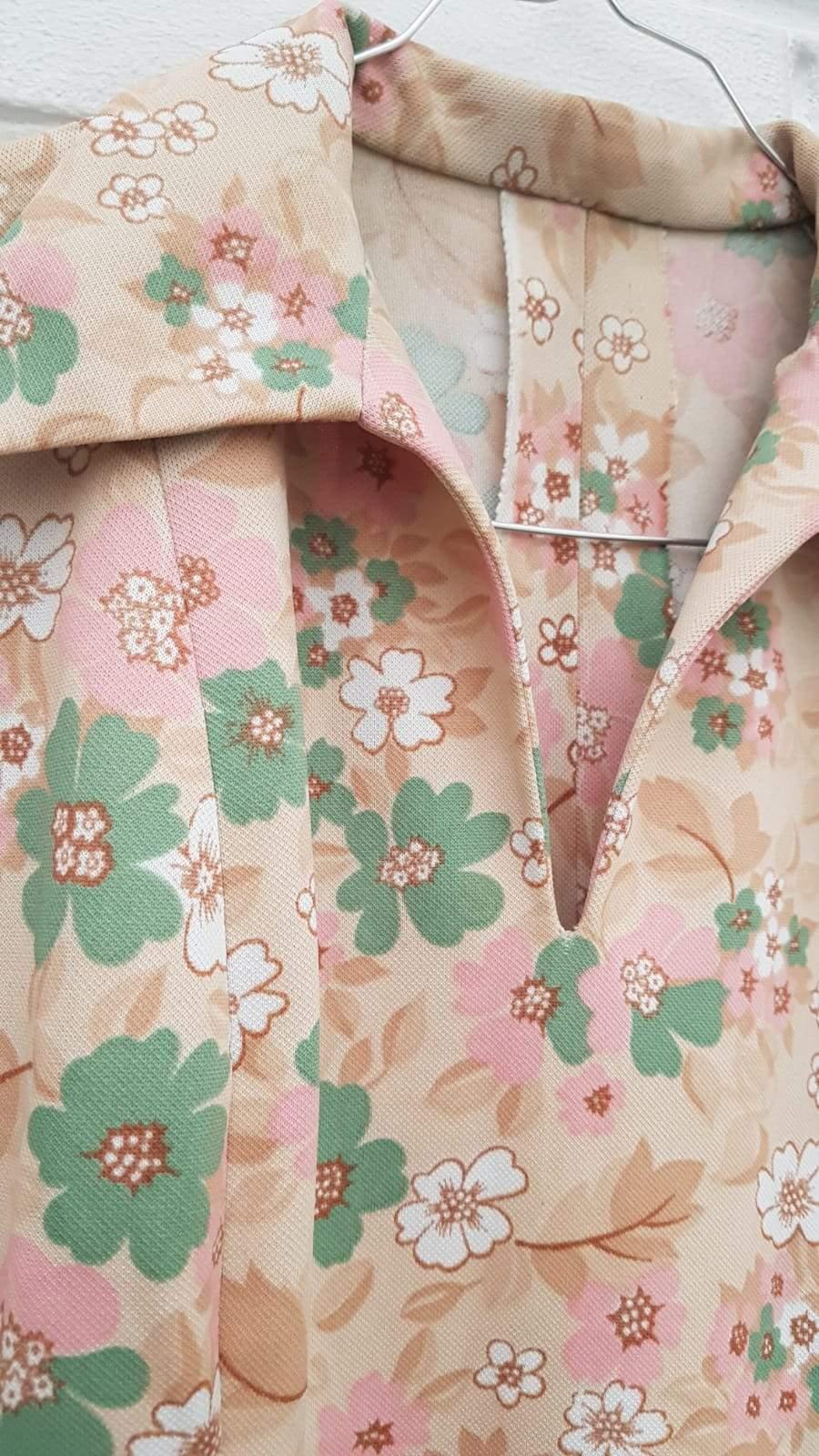 Robes - Robe tunique à fleurs