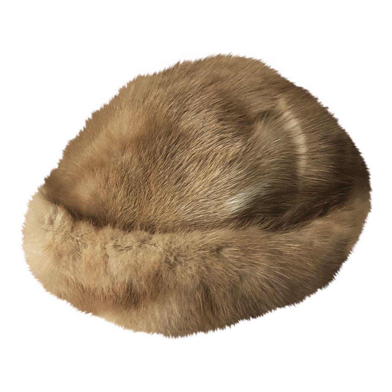 Chapeau en fausse fourrure
