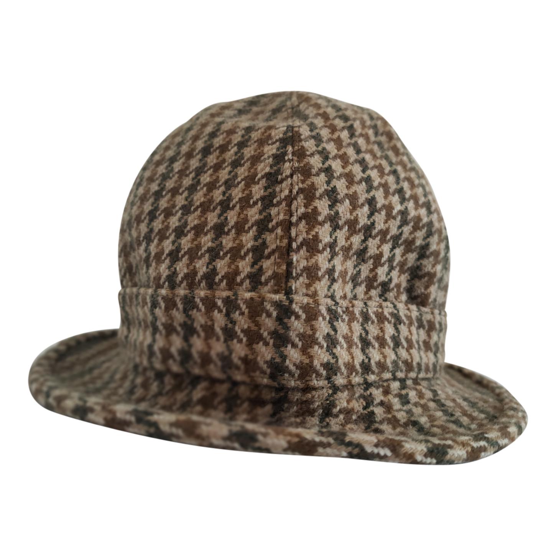 Chapeau en tweed