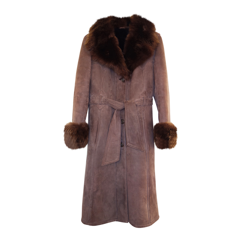 Manteau en peau lainée et fourrure