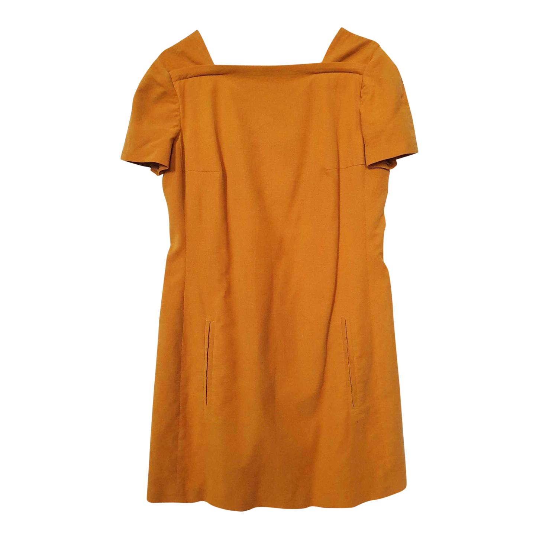 Robe Carven en velours côtelé