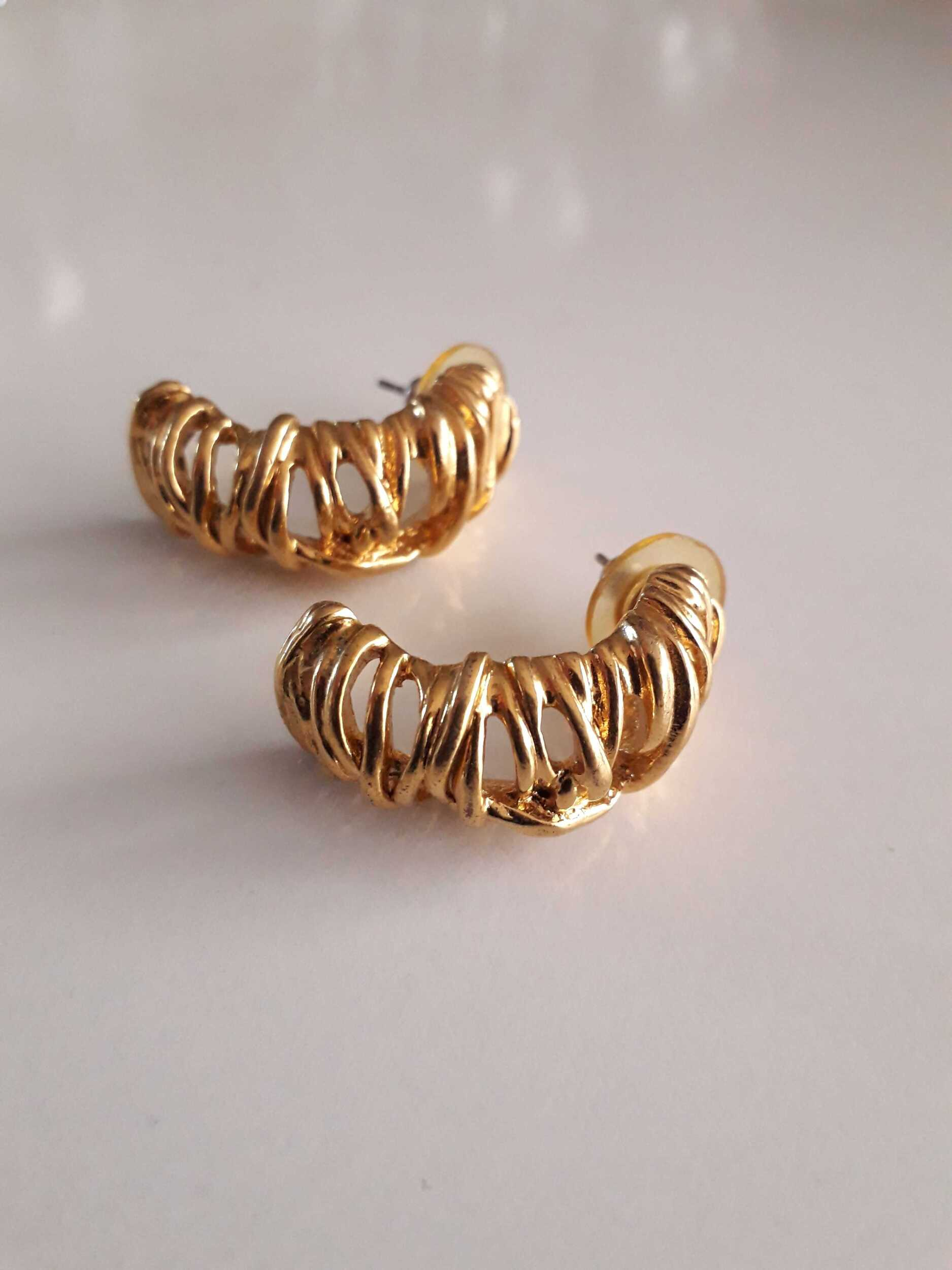 Boucles d'oreilles dorées 80s