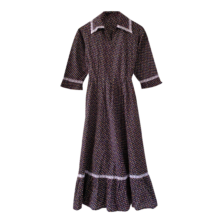 Robe longue brodée