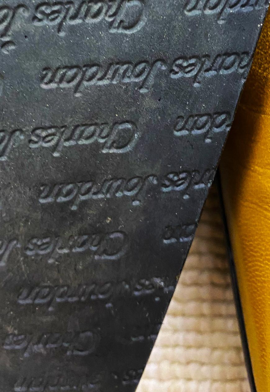 Escarpins en cuir Charles Jourdan