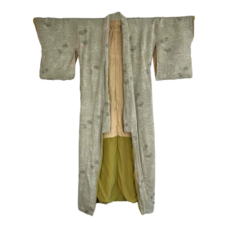 Kimono kaki à motifs