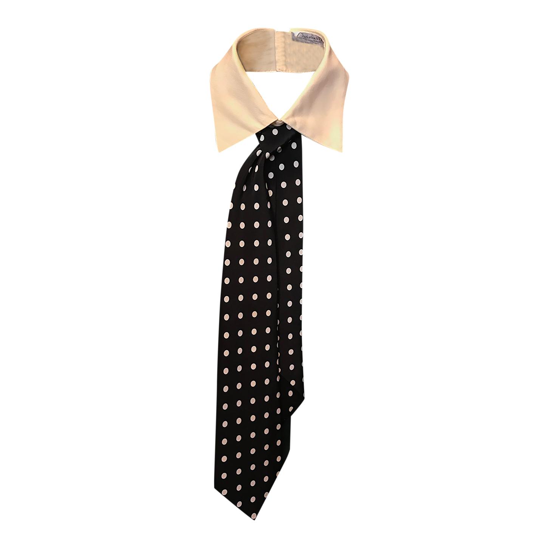 Col et cravate Dior