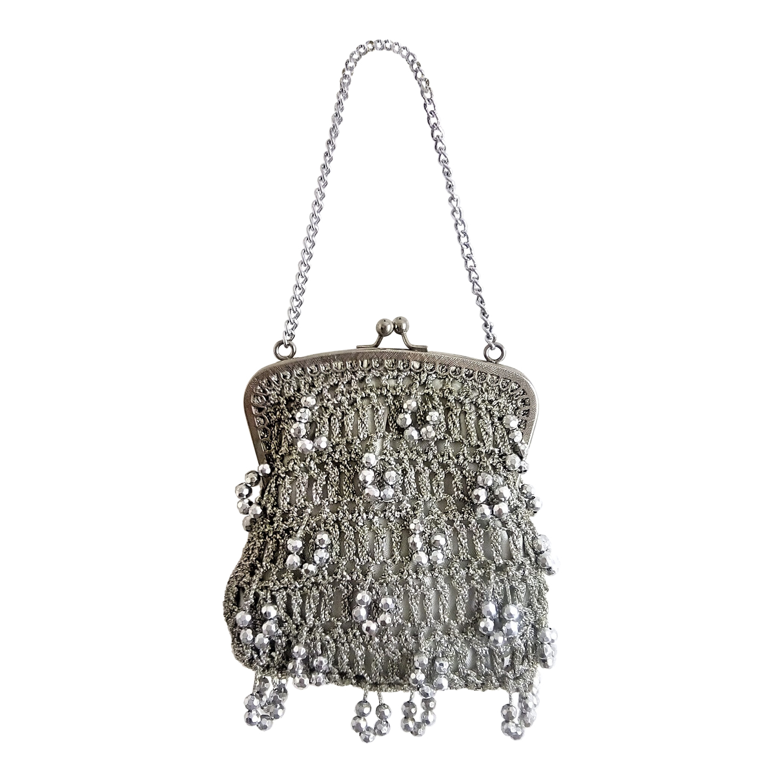 Minaudière à perles