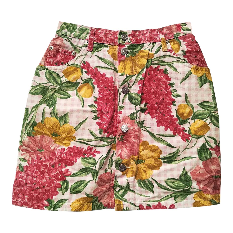 Mini-jupe en jean boutonnée