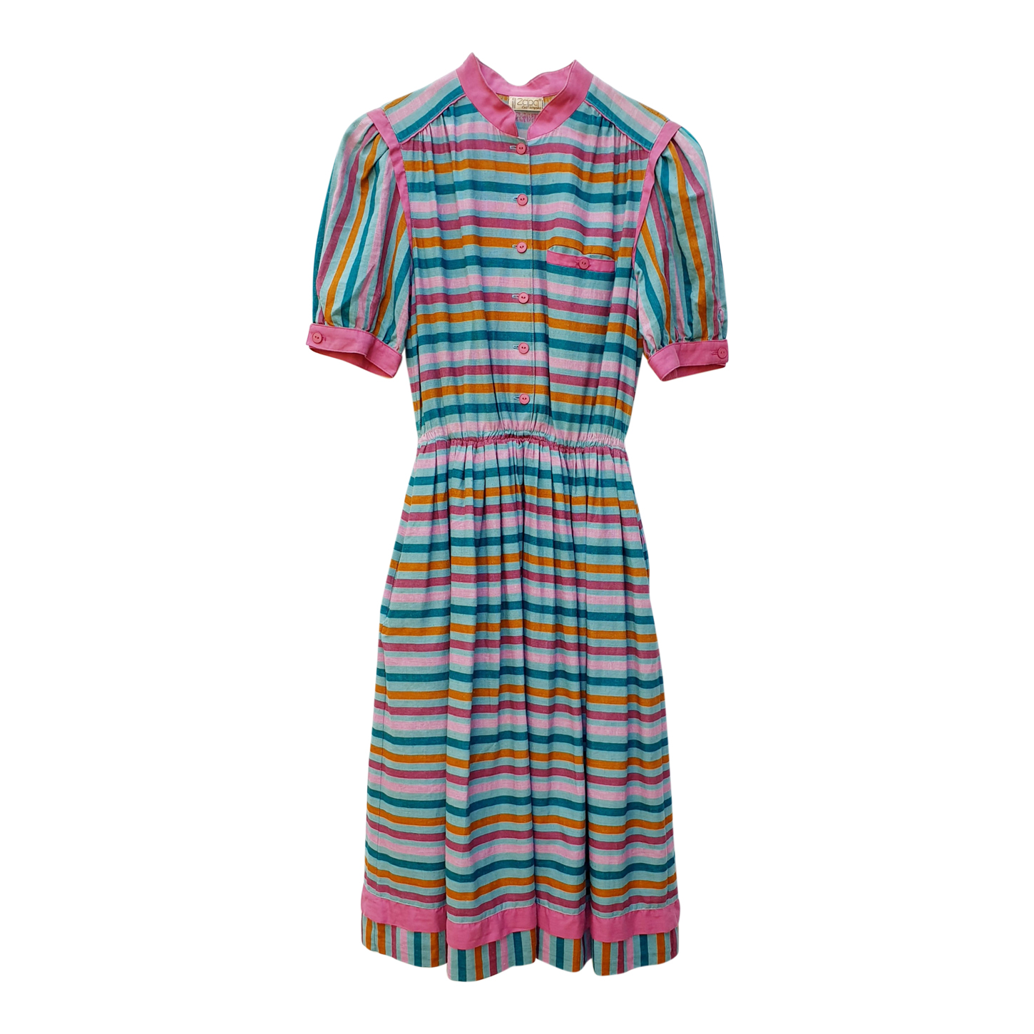 Robe à rayures multicolores