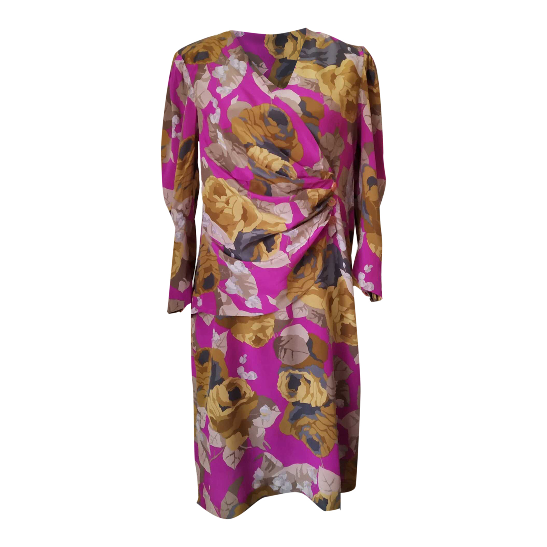 Robe en soie à fleurs