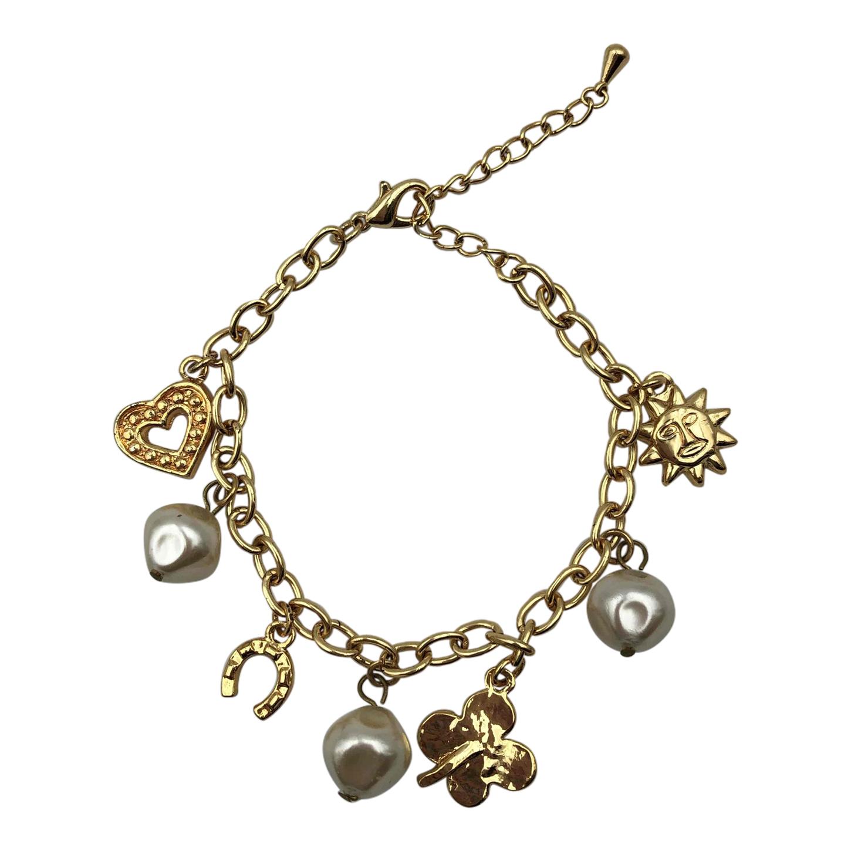 Bracelet à breloques et perles
