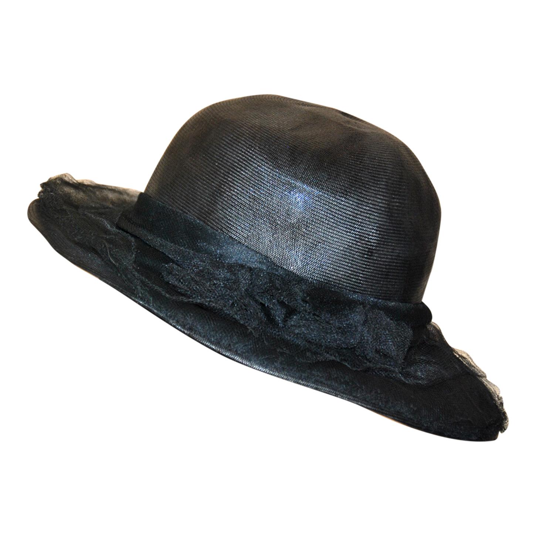 Chapeau en paille noire
