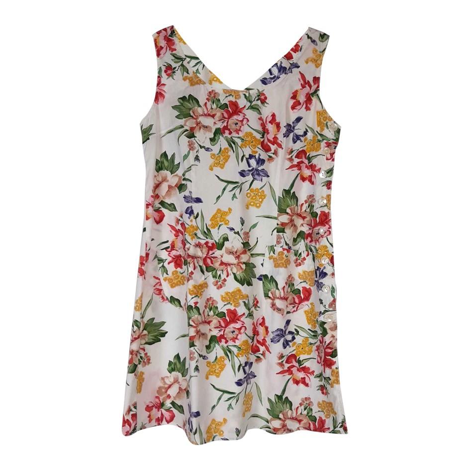 Robe courte à fleurs