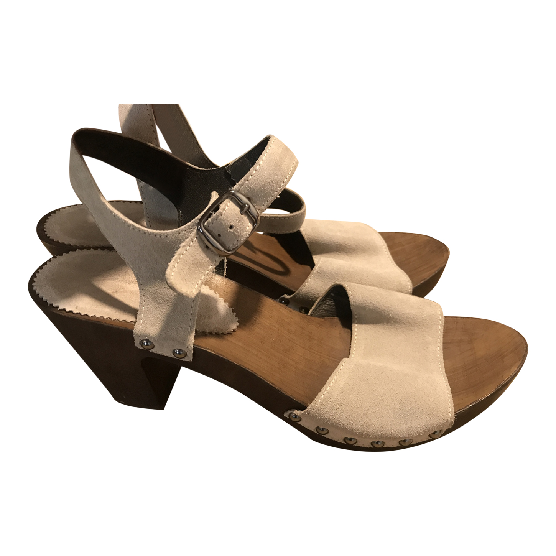 Sandales en bois