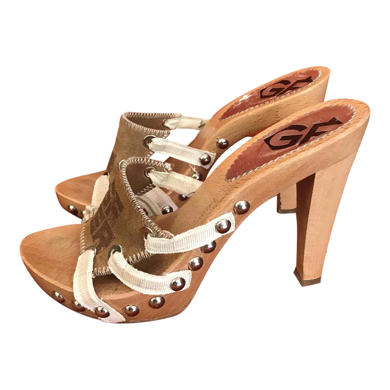 Sandales en bois Gianfranco Ferré