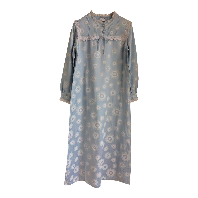Robe de nuit à fleurs