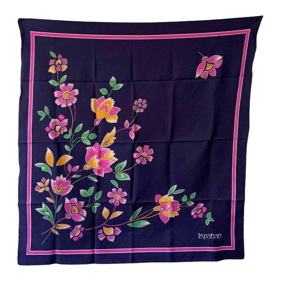 Foulard à fleurs