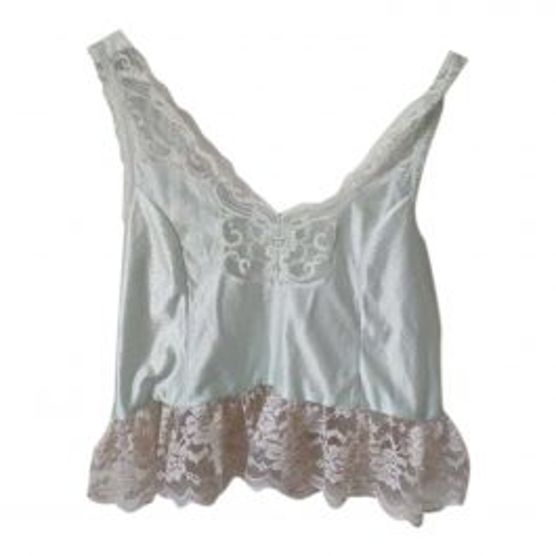Caraco lingerie