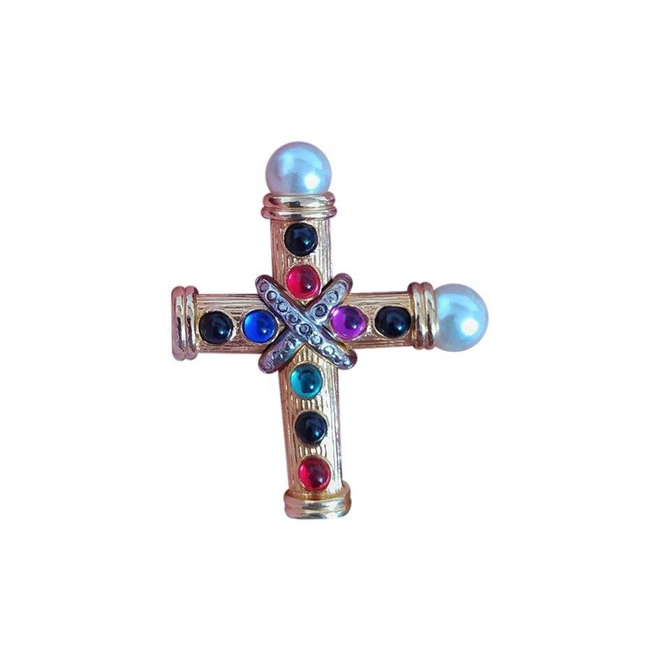 Broche croix